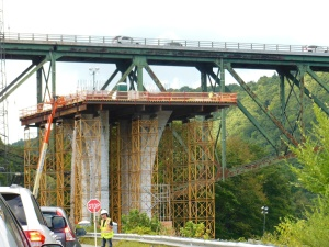 West River Trail, I-91 bridge construction